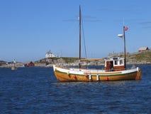 trägammal segelbåt Arkivbild