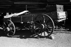 trägammal vagn Royaltyfri Bild