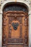 trägammala prydnadar för dörr Royaltyfri Foto