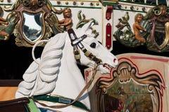Trähäst på gammalmodig karusell Royaltyfri Bild
