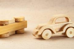 Trähandgjord leksak - retro bil Arkivfoto