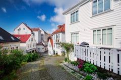 Trähus i Bergen, Norge Royaltyfri Bild