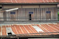 Trähus i bygd av Asien Fotografering för Bildbyråer