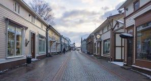 Trähus i gamla Rauma Finland fotografering för bildbyråer