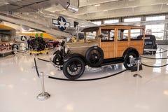 Träig Ford Model 1929 en herrgårdsvagn Royaltyfria Foton