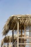 Träkonstruktion på stranden i Punta Sal Peru royaltyfria foton