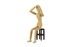 Träkvinnlig docka i handling arkivbilder