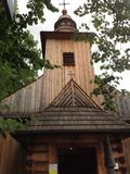 Träkyrka i Zakopane, Polen Arkivbilder