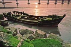 trälåg motorized tide för fartyg Royaltyfri Foto
