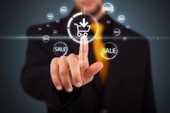 Tränga faktisk befordran för affärsman och sändningstyp av symbolen Royaltyfria Foton