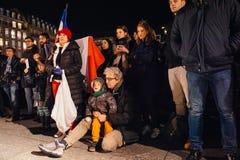 Tränga ihop att lyssna till anförande i mitt av Strasbourg Fotografering för Bildbyråer