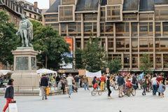 Tränga ihop att protestera på plats du General Kleber i Strasbourg, franc royaltyfri foto