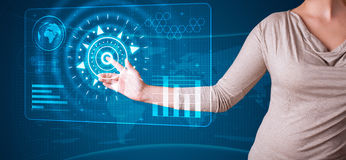 Trängande tekniskt avancerad typ för kvinna av moderna knappar Fotografering för Bildbyråer