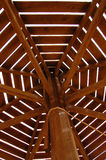 Träparaply royaltyfri fotografi