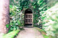 Träport i rundad dörröppning Royaltyfri Bild