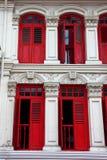 träröda fönster Royaltyfria Foton
