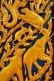 Träskulptur är en saga royaltyfri bild