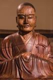 Träskulptur för buddistisk präst av Mondo Fukuoko i 1754 i Japan Fotografering för Bildbyråer
