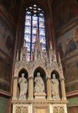 Träskulptur i St Vitus Cathedral - Prague arkivfoton