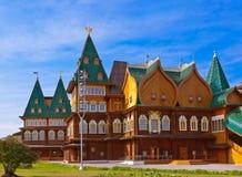 Träslott av tsar Alexey Mikhailovich i Kolomenskoe - Mosco Fotografering för Bildbyråer