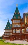 Träslott av tsar Alexey Mikhailovich i Kolomenskoe - Mosco Royaltyfri Fotografi