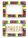 Träsnitt som lär leksakabc-nummer Royaltyfria Bilder