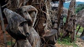 Träspökedockastaty i Chiang Rai Royaltyfria Bilder