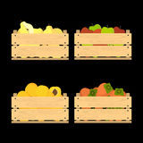 Träspjällådor med frukter Royaltyfri Foto
