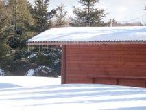 Trästuga i vinter Royaltyfri Fotografi
