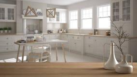 Trätabellöverkant eller hylla med minimalistic moderna vaser över suddigt scandinavian klassiskt kök, vit inre fotografering för bildbyråer