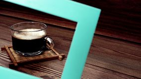 trätabell för kaffekopp Royaltyfria Foton