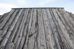 Trätak på landshus Royaltyfri Fotografi