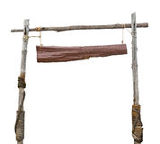 Träteckenbräde som hänger med repet Arkivfoto