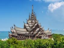 Trätempel, Thailand Arkivbilder