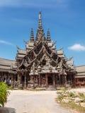 Trätempel, Thailand Royaltyfri Fotografi