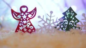 TräToy Christmas träd och snöänglar och snöflingor arkivfilmer