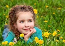 Träumen des kleinen Mädchens Lizenzfreie Stockbilder