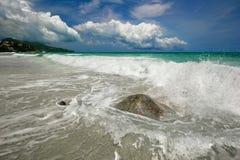 Träumerischer tropischer Strand lizenzfreie stockbilder
