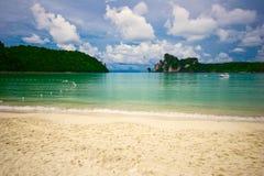 Träumerischer tropischer Strand stockfoto