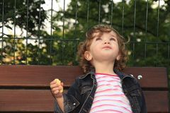 Träumerisches Kind Lizenzfreie Stockbilder