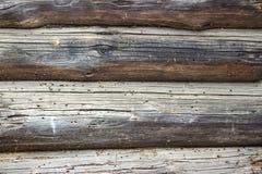 Träväggen från loggar in nedgångstrålar Fotografering för Bildbyråer