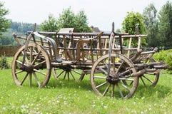 Trävagn för fyra hjul Royaltyfria Bilder