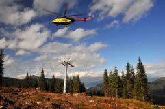 tråd för rep för block för batterihelikoptermontering arkivbild