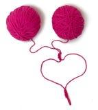 Trådar entwined i hjärtan Royaltyfri Foto