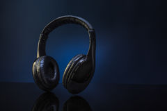 trådlös hörlurar Arkivbilder