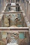 Tråkmånshög och grävd hög royaltyfri bild