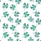 Trèfle sans couture d'aquarelle de modèle Le jour de St Patrick de vecteur shamrock Images libres de droits