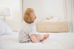 Très bébé garçon mignon de beautufil images libres de droits