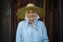Très dame âgée du village photographie stock libre de droits