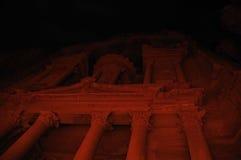 Trésor de PETRA par nuit Image stock